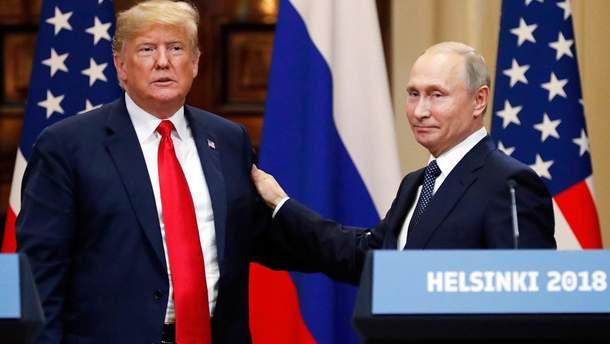 Поведінка Трампа у Гельсінкі свідчить про те, що він вбачає у Путіні свого наставника