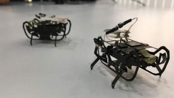 Rolls-Royce розробляє роботів-тарганів, що оглядатимуть двигуни