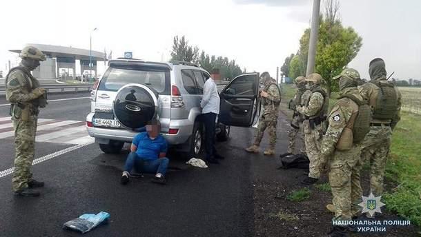Двое мужчин похитили жителя Днепра