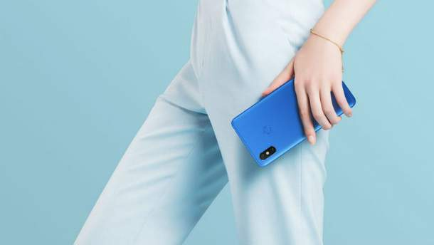Смартфон Xiaomi Mi Max 3 презентовали официально: характеристики и фото