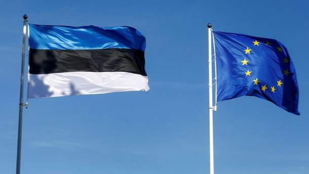 Кабмін постановив зробити безкоштовними візи для естонців