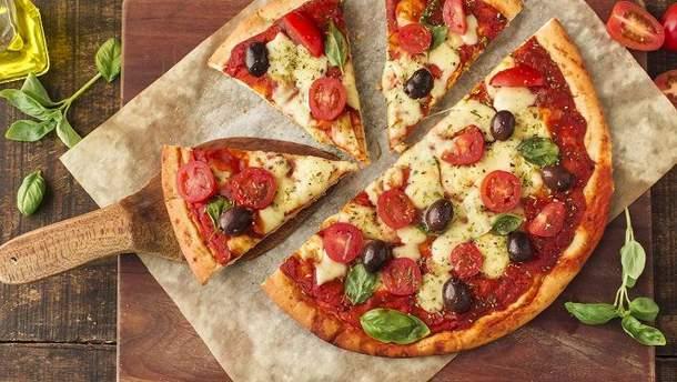 Рецепт піци і тіста для піци - ТОП-3 рецепта піци