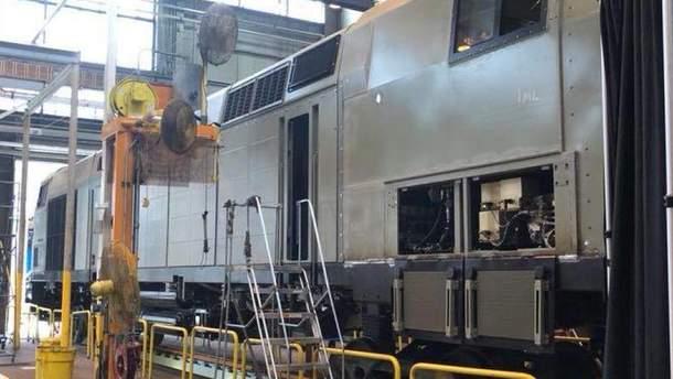 """Нові локомотиви General Electric носитимуть назву """"Тризуб"""""""