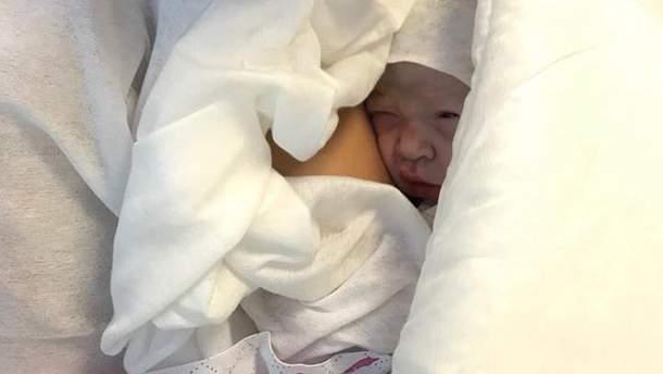 Генпрокурор Юрій Луценко став дідусем: дівчинку назвали Олександрою