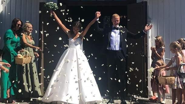 Йоханнес Бьо одружився зі своєю нареченою Хедде Делі