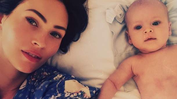 Меган Фокс с младшим сыном