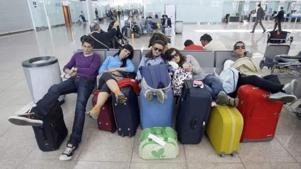 Украинские туристы застряли в аэропорту Пальма-де-Майорки