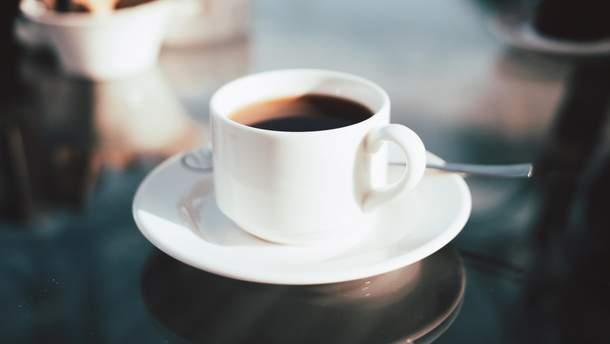 Кава у великій кількості не бадьорить