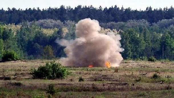 """На Донбасы """"Третья сила"""" уничтожила блиндаж боевиков (иллюстративное фото)"""