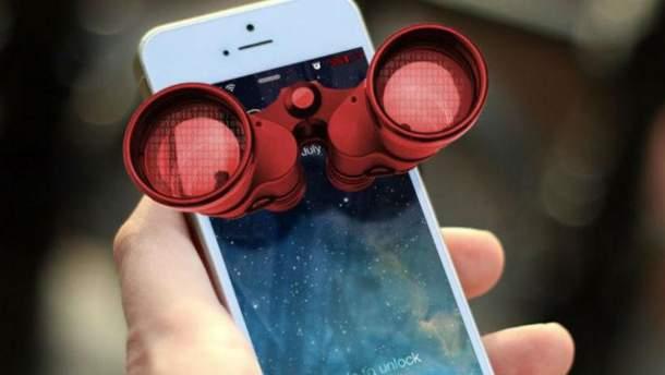 Смартфони стежать через камери