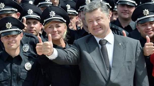 Порошенко подписал закон о Дисциплинарном уставе Нацполиции