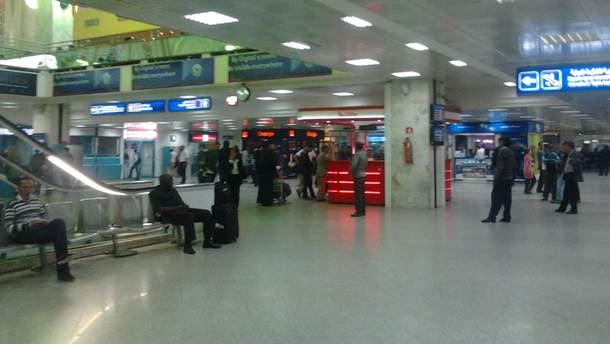 Нова група з 48 українських туристів не може повернутися до України (ілюстративне фото)