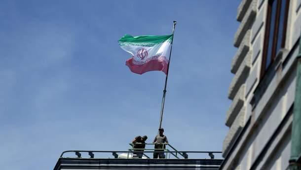 Іран погрожує перекрити Перську затоку