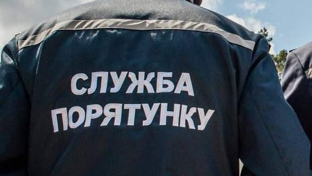 В Житомире спасали детей, которые были закрыты дома