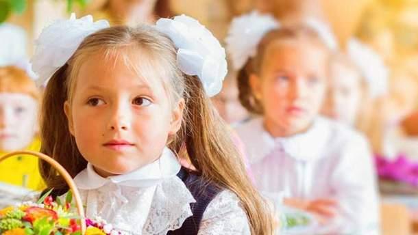 На окупованій території Донбасу українську мову зводять до мінімуму
