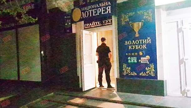 В Бердянске мужчина бросил гранату в зал игровых автоматов
