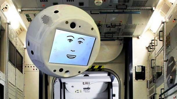 Як робот CIMON зі штучним інтелектом надаватиме поради космонавтам