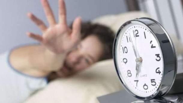 Вчені підтвердили популярний міф про прокидання