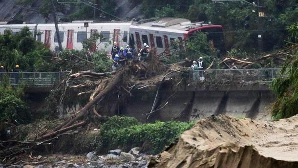 Унаслідок сильних дощів і повеней уЯпонії загинуло щонайменше 66 людей
