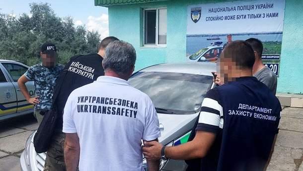 """В Николаеве задержали чиновника """"Укртрансбезпекы"""""""