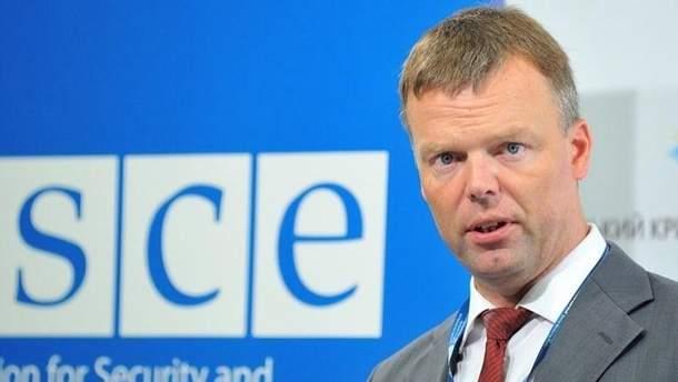 Александр Хуґ вказав на причини порушення перемир'я на Донбасі