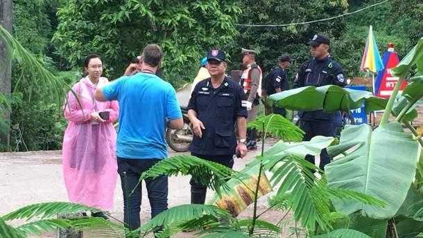 Шестерых мальчиков уже спасли из пещеры в Таиланде