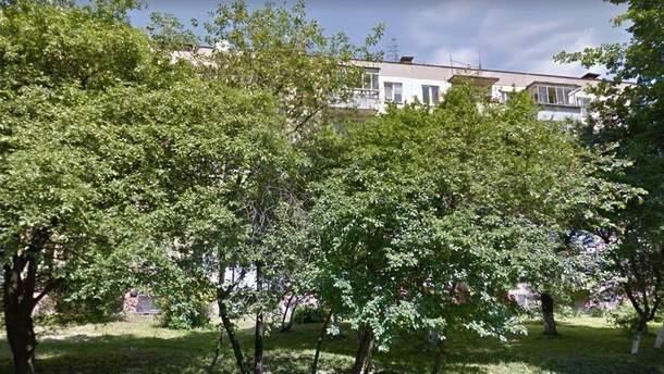 В этом доме в одной из квартир Львова взорвалась граната