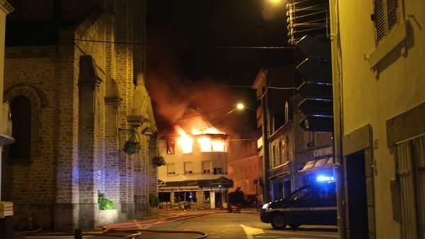 Через вибух газу в магазині у Франції постраждало 10 людей