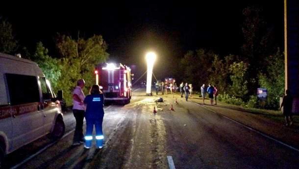В результаті масштабної ДТП  загинуло 3 людини, ще 3 осіб отримали поранення