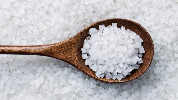 Сіль корисна для організму у малих кількостях
