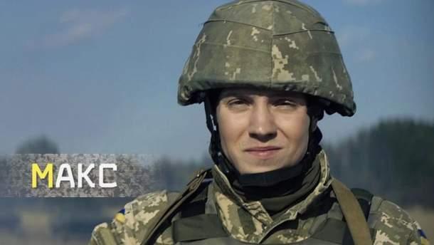 Мінінформполітики підвищує престиж української армії