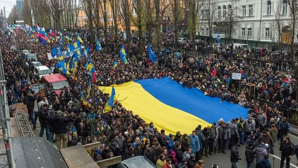 Нужна ли Украине еще одна революция?