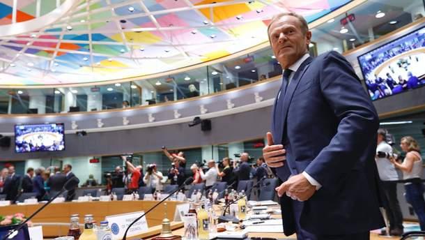 Дональд Туск призывает Россию освободить Сенцова и всех украинских политзаключенных