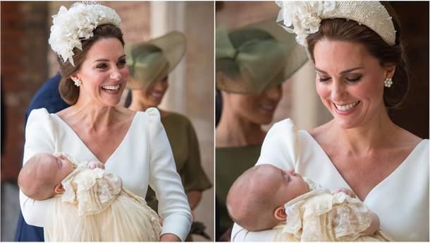 Кейт Миддлтон с семьей в часовне, где провели крещение принца Луи