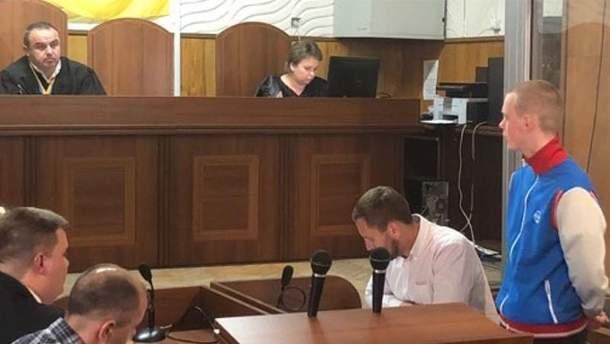 Суд отпустил несовершеннолетнего нападающего на лагерь ромов во Львове