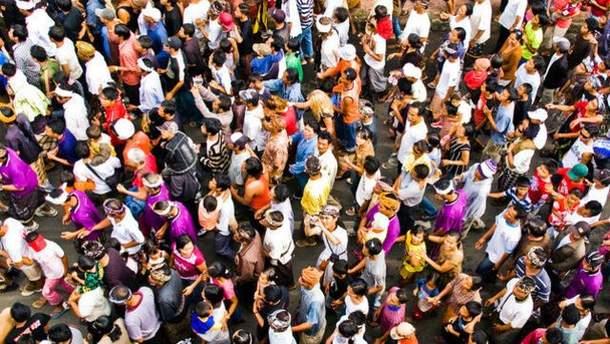 Населення світу за рік  зросло на 83 мільйони людей