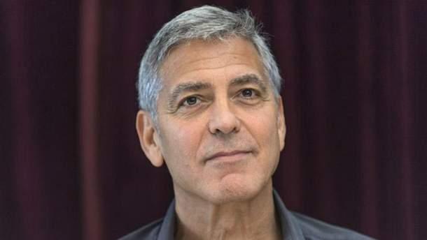 Джордж Клуни попал в ДТП: видео с места аварии