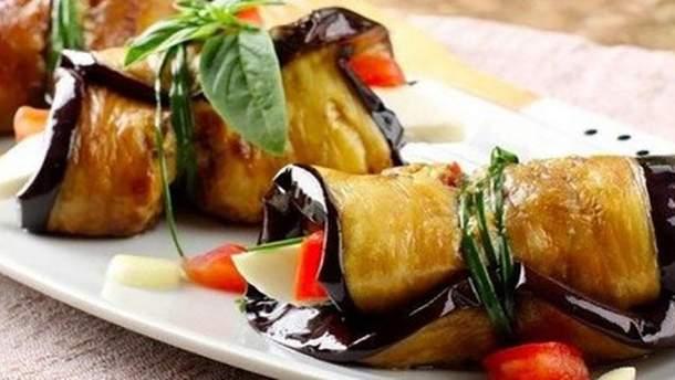 Смачні баклажани з сиром фета: простий рецепт страви
