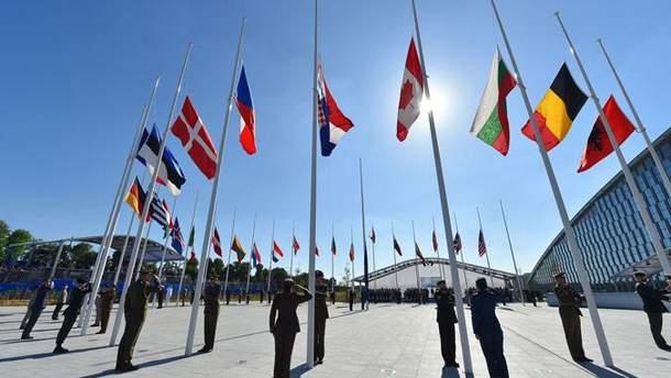 НАТО должно больше сфокусироваться на результате и меньше на денежных вкладах своих государств-членов
