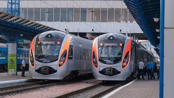 """""""Укрзалізниця"""" вдвічі збільшила кількість перевезення пасажирів в країни ЄС за рік"""