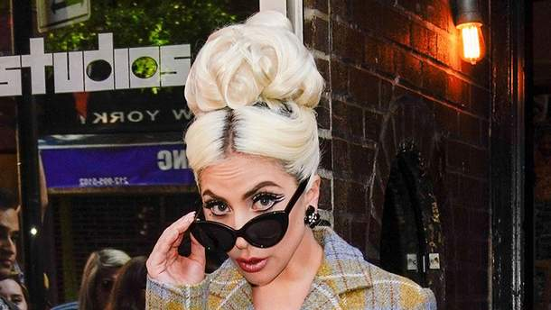 Леди Гага удивила обыденными образами