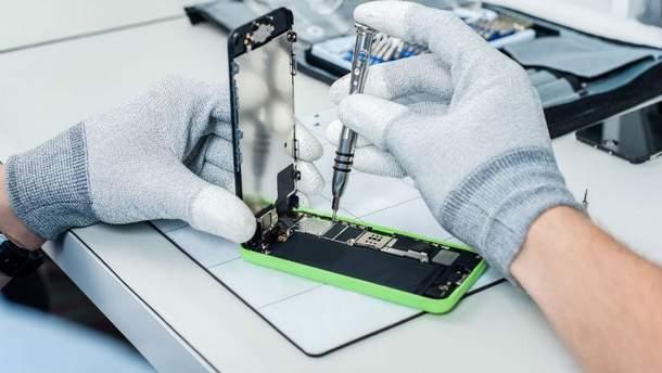 Які смартфони найчастіше ремонтують
