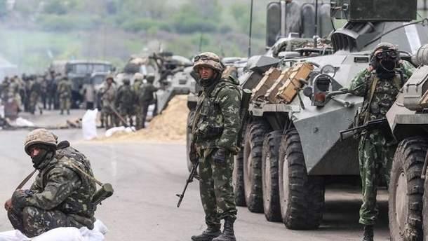 Украинские бойцы на Донбассе получают 15-17 тысяч