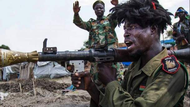 Постачання зброї до Судану