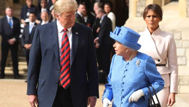 Трамп запізнився начаювання зкоролевою Єлизаветою ІІ
