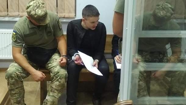 Надежда Савченко объявила бессрочную голодовку в связи с продолжением ей ареста