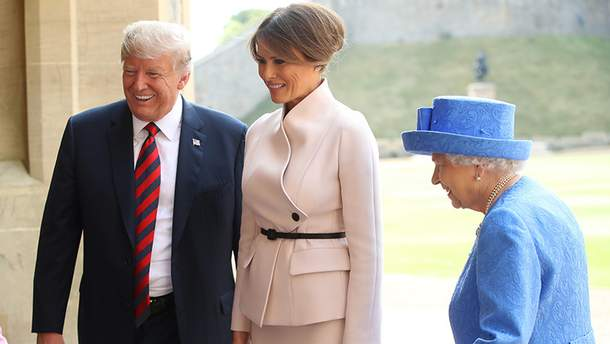 Дональд и Мелания Трамп на встрече с Елизаветой ІІ