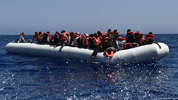 Правительство Италии просит ЕС принять 450 спасенных в Средиземном море мигрантов