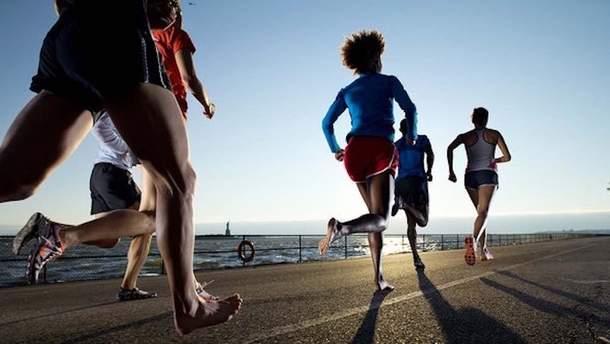 Чому не варто бігати босоніж
