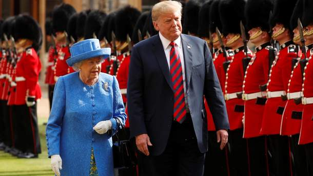 Встреча королевы и Трампа